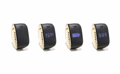4 Posifon Active med olika displays (mobilt trygghetslarm)